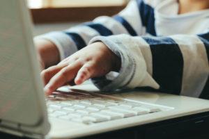 新学習指導要領でプログラミング教育必修化